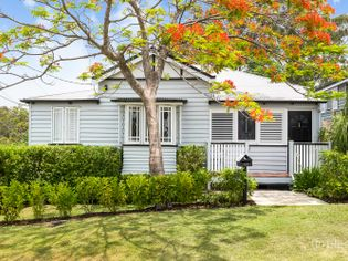 Surrounding Properties To 56 Haining Street Bardon Qld 4065